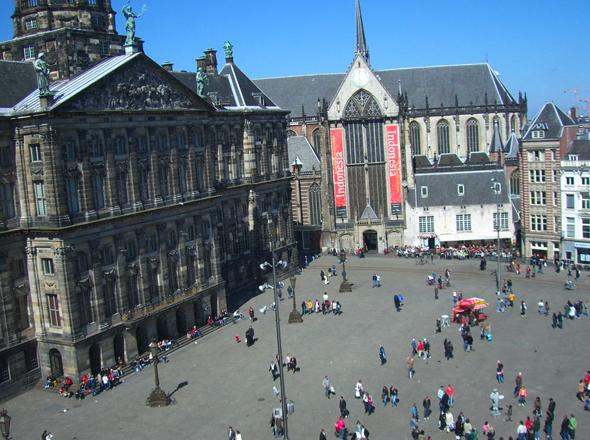 Piazza dam una diga nel centro della citt viaggi a for Centro di amsterdam